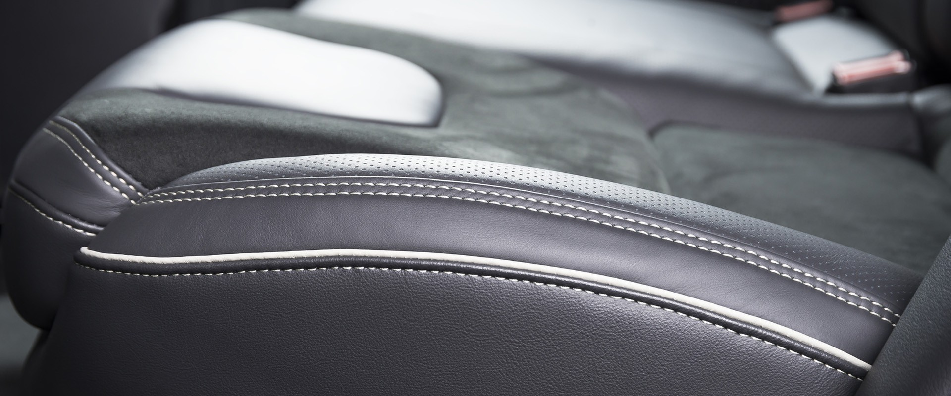 Tkaniny Samochodowe Na Podsufitkę I Tapicerkę W Samochodzie